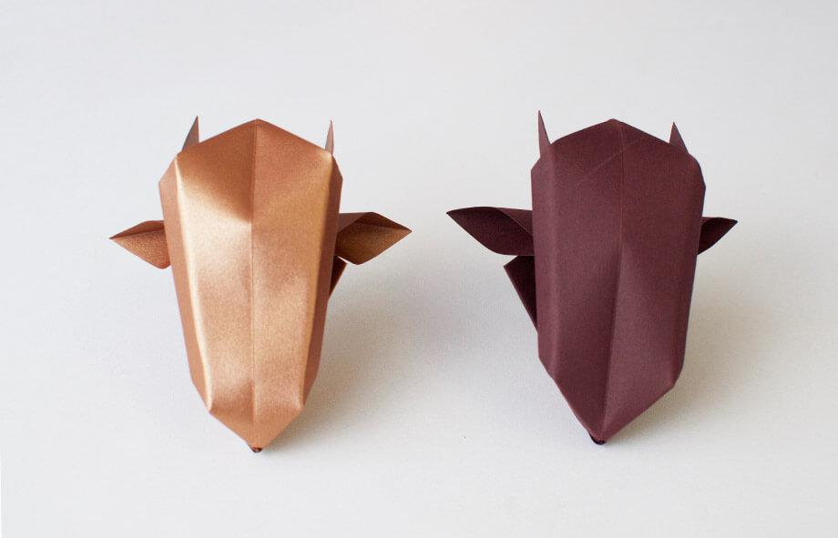 Premium Paper Origami Bulls